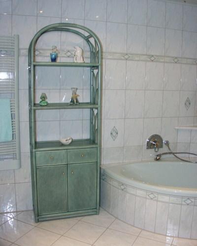 Rattan regal und rattan regale individuell angefertigt - Rattan regal badezimmer ...